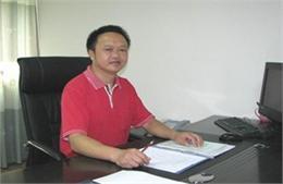 深圳市宝安区崛起双语实验学校邓继昆